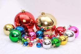 Produttori di palle di natale online-I produttori di palle di Natale si vestono con le forniture di gioielli, le grandi decorazioni dell'albero di Natale, la decorazione della palla, le sfere di colore chiaro