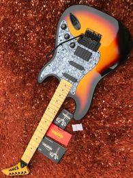 guitare à boulons Promotion Floyd Rose Guitare Electrique Kramer SSH micros manche érable et point noir boulon incrusté sur manche Original pas copier guitare Kramer