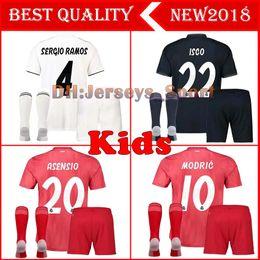 2018 2019 Real Madrid Kids soccer jersey 18 19 Real Madrid set RONALDO  BENZEMA ISCO BALE SERGIO RAMOS MORATA ASENSIO MODRIC football shirt e9efd212d