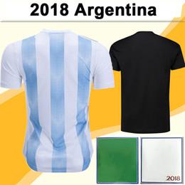Kit de equipe curto on-line-2018 Argentina Equipe Nacional MESSI DI MARIA Camisas De Futebol DYBALA AGUERO HIGUAIN Casa Fora Dos Homens De Manga Curta Kit De Futebol Camisas Uniformes