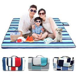 2020 cobertores de umidade Venda quente 200X200 CM família Camping Picnic Moisture À Prova de Mat Outdooors Viagem Dobrável Cobertor À Prova D 'Água desconto cobertores de umidade