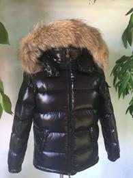 Parka invernale nero online-Piumino in pelliccia di procione con cerniera cappotto invernale nero stile britannico uomo piumino cappotto con cappuccio classico mantenere caldo spesso Parka spesso S-XXL MAYA