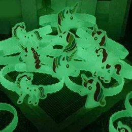 Новый Красивый Световой Единорог Резиновый Браслет Браслет Браслет День Рождения Главная Унисекс Ювелирные Изделия Подарок Бесплатная Доставка от