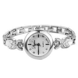 Reloj de diamantes de imitación barato online-Lvpai Dropshipping Luxury Ladies Bangle Relojes para Mujeres Rhombus Cheap Gold Rhinestone Watch Dress Relojes de pulsera de cuarzo Relojes