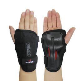 2019 pastiglie protettive Protezioni per polsi SOARED per Palm Pads Protector per pattinaggio in linea Protezioni per pattini a rotelle per sci da snowboard per snowboard sconti pastiglie protettive