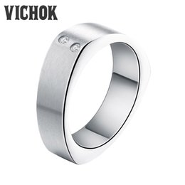Wholesale Shiny Stainless Steel Rings - Gold Silver Black 3 Color Rings Men Women Wedding Band Fashion Stainless Steel Shiny Zircon Ring With Free Box Top Quality VICHOK
