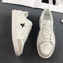 18SS Casual Einfache Weiße Schuhe Insekt Gedruckt Trend Designer Sneaker Frauen Männer Outdoor Reise Atmungsaktive Wanderschuhe HFYMXZ022 von Fabrikanten