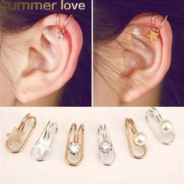 71fbc0a100fc Nueva estrella de la moda del corazón en forma de U clip de oreja para las  mujeres de oro astilla de color de cristal pendiente de perla regalo de la  ...