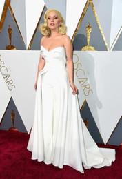 roupas de vestuário vintage Desconto Exclusivo 88th Oscar Lady Gaga Tapete Vermelho Vestidos Calças Brancas Macacão Outfits Stain Evening Celebrity Gowns