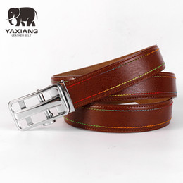 YAXIANG 35 mm de ancho para hombre de estilo formal único Jeans correa  Casual de piel de vaca de cuero genuino cinturón marrón automático hombres  cinturones ... 148bb62e85ef