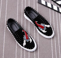 Wholesale Mens Suede Oxfords - 2018 Promotion New spring brand Fashion embroidery Mens Punk Studded Rivet Spike Suede Pointy Loafers Casual moccasins Dress Shoes AXX704