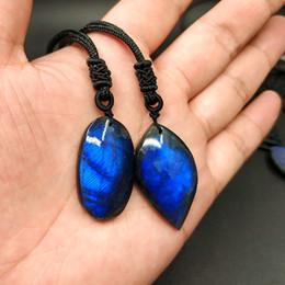 Pendente di luna labradorita online-Ciondolo ciondolo in cristallo naturale Pietra di luna Labradorite pietra naturale Labradorite blu Un prodotto un'immagine