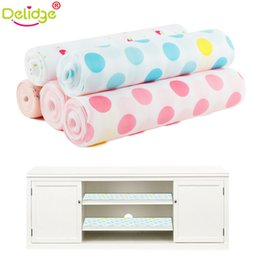 Wholesale Rolling Drawer - Wholesale- Delidge 1 Roll Moistureproof Cupboard Mat Pastoral Soft Table Mat Drawer Liner Wardrobe Pad Cupboard Placemat