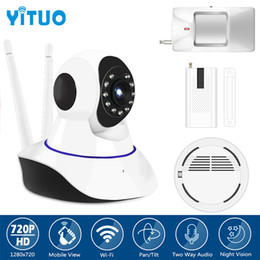 Wholesale Wireless Smoke Detector Cameras - Alarm System kits hd 720P IP Camera with PIR Motion Sensor Smoke Detector Window Sensor Suitabe 433mhz GSM Home Alarm YITUO