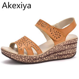 Wholesale Carved Wedge Shoes - Akexiya 2017 Summer shoes women Fretwork Carving Swing Wedges Platform Women Sandals Female gladiator sandals Shoes woman