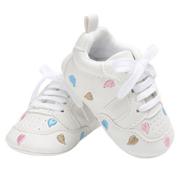 Gear girls en Ligne-Chaussures de bébé pour les filles Sneakers Little Kid Flats Lace-Up Newborn Home Gear Mocassins en cuir PU Tenis Infantil pour tout-petits