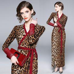vestidos de noite confortáveis Desconto Novo Outono Vestido com Macio e Confortável Magro Pescoço V Bodycon Leopard Envoltório Vestido para As Mulheres Sexy Festa À Noite de Aniversário de Férias