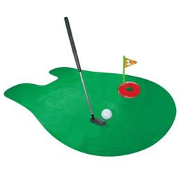 Embalaje juguetes verdes online-1 Unidades Mini Paquete de Golf Estera Baño de tocador Entretenimiento Baño Decoración Alfombras de asiento de inodoro Golf Tees Novedad Gag Juguete de Regalo