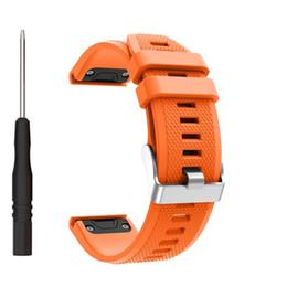 ersatz für uhren Rabatt Für Garmin Fenix 5 Band, Schnellverschluss 22mm Silikon Smart Watch Ersatz Silber Metallschnalle für Garmin Fenix 5 / Fenix 5 Sapphire