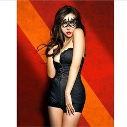 2019 máscaras faciais para discoteca Rendas Máscaras de Halloween Partido Adorável Venetian Masquerade Decorações Meia Face Mulher Lírio Senhora Sexy Mardi Gras Máscaras Para Presente de Natal Disco máscaras faciais para discoteca barato