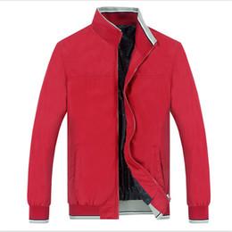 Abbigliamento sportivo nylon da uomo online-Nuovi uomini giacca primavera 2018 moda sottile allentato casuale giacca uomo sportswear bomber mens giacche cappotti plus size