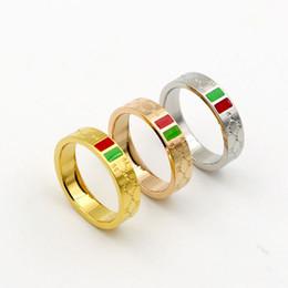 2019 regali all'ingrosso ragazze all'ingrosso Anello in acciaio 316L marca love ring per uomo donna all'ingrosso strisce rosse e verdi Ladies Wedding ring tre gocce