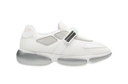 Caja de corbatas de diseñador online-Las mujeres de diseño para hombre zapatos de malla perfil de cono y lazo mágico deslizamiento zapatillas de deporte respirables altas zapato caja
