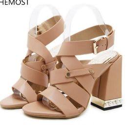 Argentina 2018 Sandalias de tacón alto Zapatos de mujer 2 colores para elegir Hebillas de hebilla de torre Estilo zapato romano cheap roman style buckled sandals Suministro