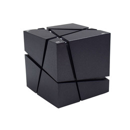 Wholesale mini cube stereo speakers - New Qone Mini Cube Speakers 3D Stereo Sound Portable Bluetooth Speaker Wireless Music Box Support TF Card With Retail Box Better Charge 3