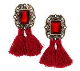 boucles d'oreilles laine Promotion Boucles d'oreilles en cristal de gland à la mode nouvelle série de bijoux à la mode en diamant à la mode gland de laine est populaire
