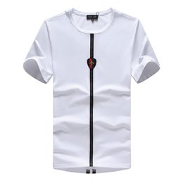 Wholesale breathable atmosphere - 2018 Men's New Summer fashion t-shirt Simple atmosphere reveals mature men Charismatic people of all ages can wear