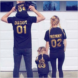 Wholesale matching mom baby clothes - Funny Family Matching Outfits Black Golden Dad Mom Kid Baby Sorting Number Cotton Short-sleeved T-shirt Interesting Warm Family Clothing
