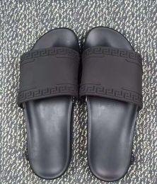 c33ee9b15 Medusa Sunbeach Slippers Mens Cómodo Medusa Summer Beach Fashion Sd4Versace  Slip-On Sandalias Lip-Flops Talla 36-45