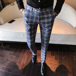 tuxedo peggiorato dello sposo Sconti ZYFPGS Classic Vintage Check Suit Pantaloni da sposa Pantaloni blu Slim Fit Uomo Pantaloni da uomo Pantaloni casual da uomo Sexy Night Club 109