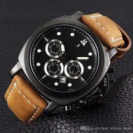 Canada Montres de luxe à quartz chronographe 45 mm pour hommes 2017 de luxe, équipées d'une montre pour homme imperméable et super lumineuse Offre