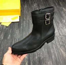 Botas de hebilla de invierno de los hombres online-Nueva llegada FD Men Martin Ankle Real Leather Knight Botas de invierno al aire libre Negro Hebilla Zapatos Tamaño 38-44