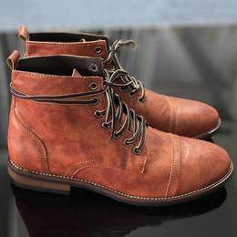 Botas militares de invierno de los hombres online-Hombres de alta calidad Vintage British Military Boot Otoño Invierno Hombres Moda de corte alto con cordones Martin Boots