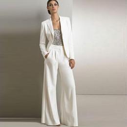 f8c4008fab60 2019 pantaloni di raso bianco Bianco Avorio Madre della sposa Abiti da sera  Paillettes Satin Maniche