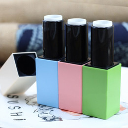 Wholesale magnetic tube - Candy Colors Empty Lipstick Tube Lip Balm Containers 12.1mm Good Quality Magnetic Buckle fast shipping F20173271