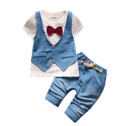 Wholesale white duck costume - Handsome Boys Suits 1 2 3 4 Year Boys Clothes Summer Style Short-Sleeved Shirts Shorts 2pcs Children Clothing Set Kids Costume