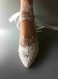 Wholesale bride low heel shoes - Wedding Handmade shoes white Ribbon bride wedding dresses Han edition diamond lace manual wedding Flat shoe female Flower EU 35-41