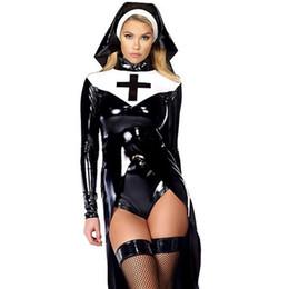 Cosplay più uniformi di formato online-Sexy Wetlook Nun Costume Halloween Cosplay Plus Size M, L, XL, XXL Moda in vinile nero Uniformi in pelle Carnevale Costumi erotici