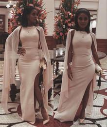 Billig plus größe abayas online-Sexy Caped Plus Size Günstige Abendkleider Yousef Aljasmi Side Split Schwarz Mädchen Arabisch Abayas Abendkleider Party Abend Prom Kleider
