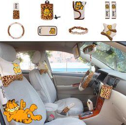 Fundas de almohada de leopardo online-10 unids / unidad Accesorios para automóviles Garfield Leopard Cartoon Tapicería del coche Cubierta del volante almohada fundas de coche conjunto Universal Interior automotriz
