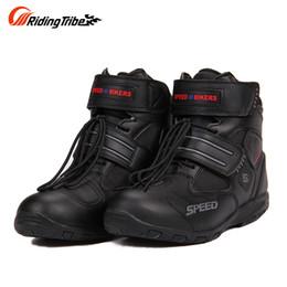 botas de montar de cuero negro de los hombres Rebajas Riding Tribe Motorcycle Boots Hombres Breathable Moto Boots Antideslizante Riding Racing Motocross PU Cuero Zapatos de moto Negro A9005