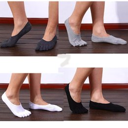 Wholesale ankle skid socks - Solid Color Fashion Cotton Men's Five Finger Socks Breathable Anti-skid Boat Toe Socks Invisible Nonslip Ankle Socks