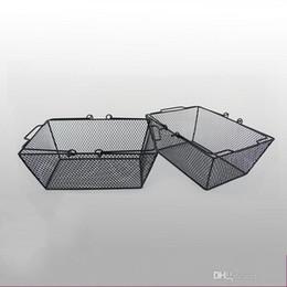 conteneurs métalliques Promotion Le panier à provisions de grillage de fer en métal solide avec la poignée a surdimensionné les paniers de stockage les outils pratiques