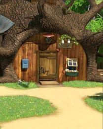 5x7FT Маша Медведь Дерево Дом Зеленый Сад Деревянные Двери Пользовательские Фотостудия Фон Фон Винил 150 см х 220 см от