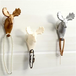Wholesale Metal Wall Hooks Wholesale - Sucker Hooks Wall Hanging Strong No Trace Three Dimensional Deer Head Decorate Shower Room Free Punching Metope Resin 5 1sx V