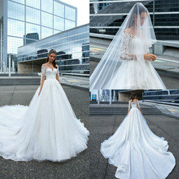 2019 robe en ivoire de style occidental 2019 une ligne robes de mariage de plage pure bijou cou dentelle appliques balayage train Boho robes de mariée bouton retour plus la taille robe de mariée